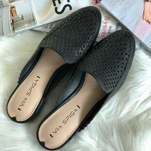 💖HP💖Via Spiga Adelina Black Leather Mule